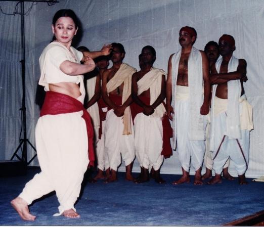 Natmandap-Ram-ki-shakti-Pooja-7_1504586509.jpg